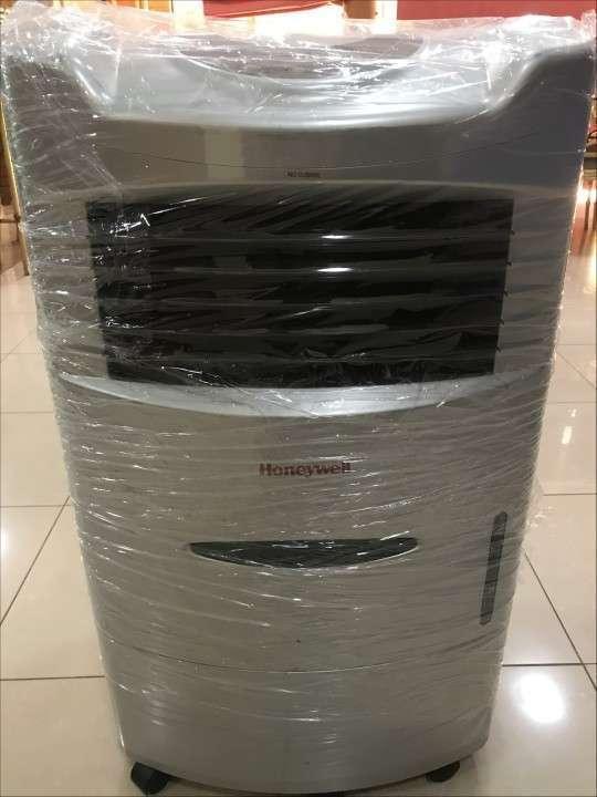 Aire portátil con vaporizador de agua - 0